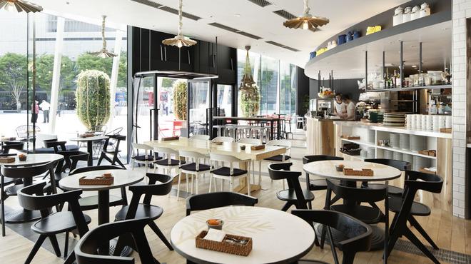 食べログに掲載されているガーブ モナーク店内画像